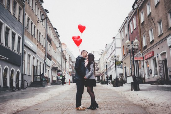 10 Proven Ways to Make your 1st Date a Success